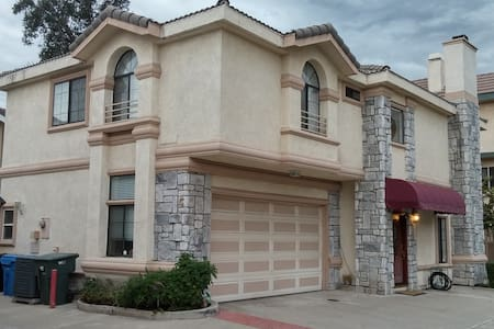Spacious House in Lovely Foothills! - Arcadia - Haus