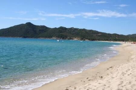 Villa a pochi passi dalla spiaggia - Cala Sinzias, località Castiadas - Villa
