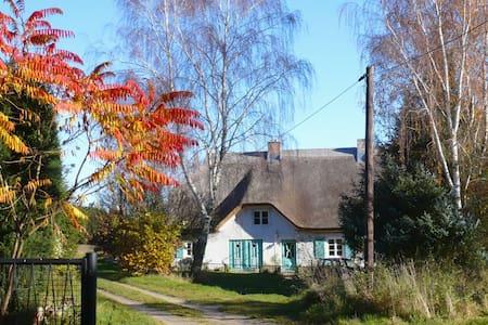 Haus am Wanderweg, 60m², Nähe Binz - Zirkow - Wohnung