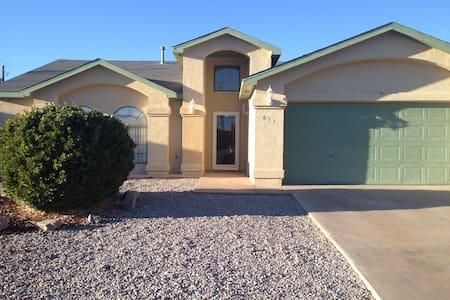 Welcome Home - Alamogordo - Haus
