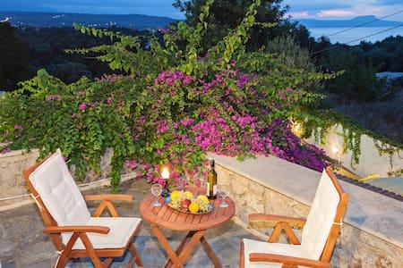 Eleni's Residence - Atsipopoulo
