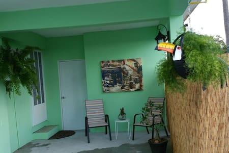 your home base to explore PR apt 2 - Fajardo - Apartment