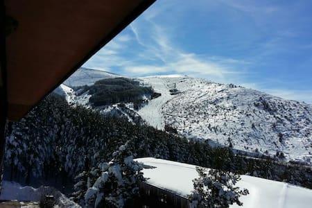 Apartamento zona de montaña y esquí - La Pinilla - Pis