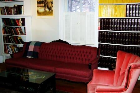 85 Bruce Street South - Bunk Beds