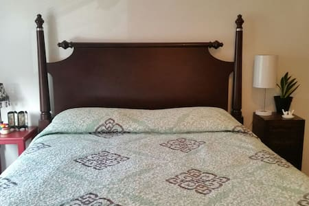 Cozy one bedroom great location - Berwyn - Appartement