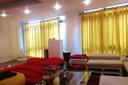 Cozy Modern 1BD In Zamalek / Center - Lakás