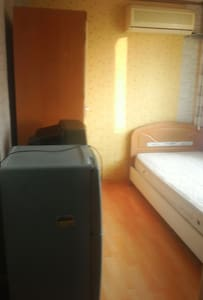 Single room with aircon,tv,cabinet, - Apartment