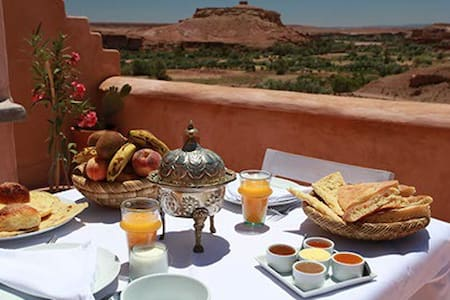 RIAD CARAVANE NIAMEY - Bed & Breakfast