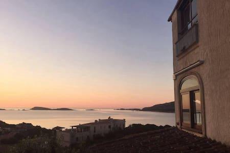 Trilocale vista mare a Porto Cervo - Wohnung