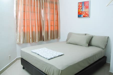 3R2B Apartment, 9km to Georgetown - Gelugor - Apartment