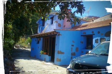 Casa a los pies del Barranco de la Mina - Vega de San Mateo - Hus