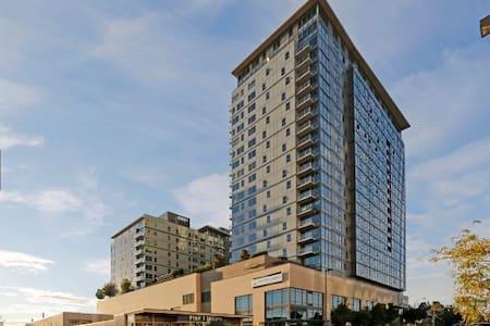 Centrally Located 1b1ba Luxury Apt - Wohnung