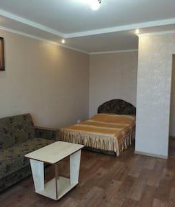 Отличная квартира возле ТРЦ Любава в центре города - Cherkasy