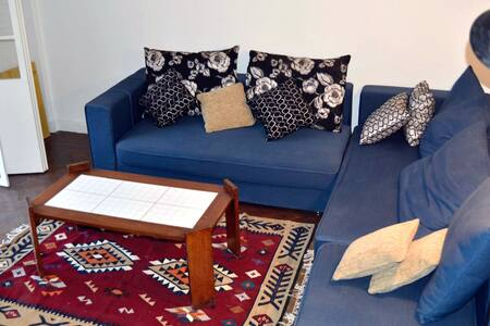 Comfy apartment in great location - Apartment