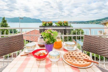 Appartamento con vista lago d'Iseo - Apartment