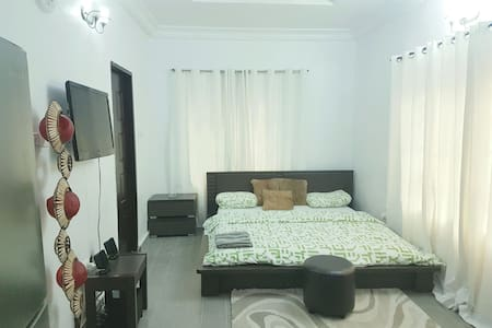 Cozy Executive Home - Lekki - Apartment