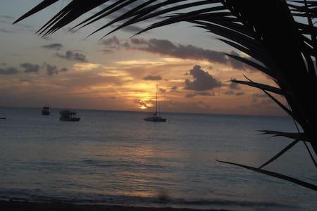Günstige Ferienstudios auf Barbados - Ház