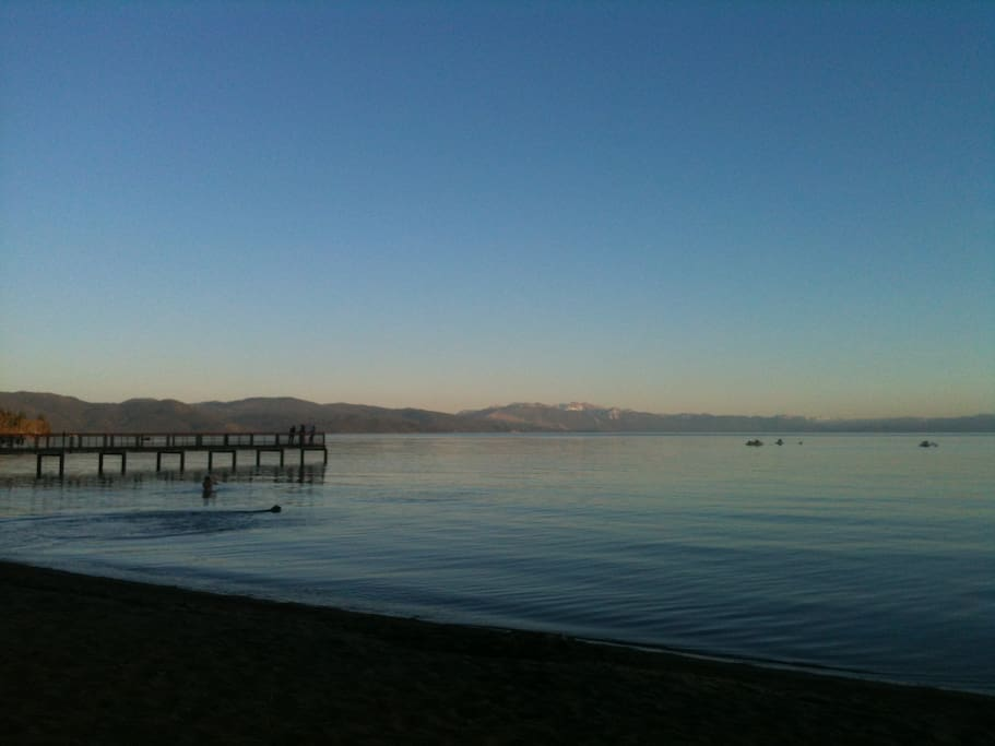 3 mile from Carnelian Bay Beach which is dog friendly and has a cafe and Paddle Board rentals