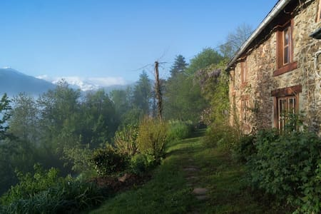 La Trabesse chambre printemps - Bed & Breakfast