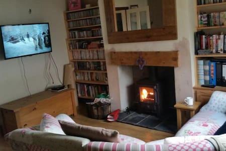Loft conversion room to let - Summerhill