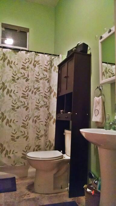 Soothing bathroom space