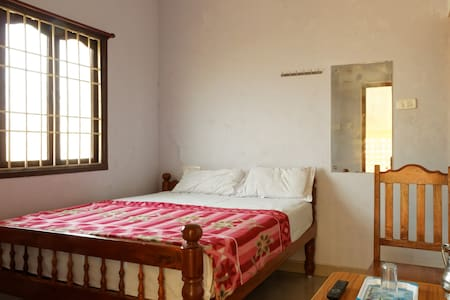 Modern private room (Non - A/C) - Bommayapalayam