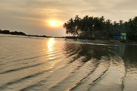 Emerald Bay Retreat