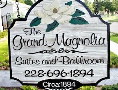 Grand Magnolia Suites - Pascagoula - Bed & Breakfast
