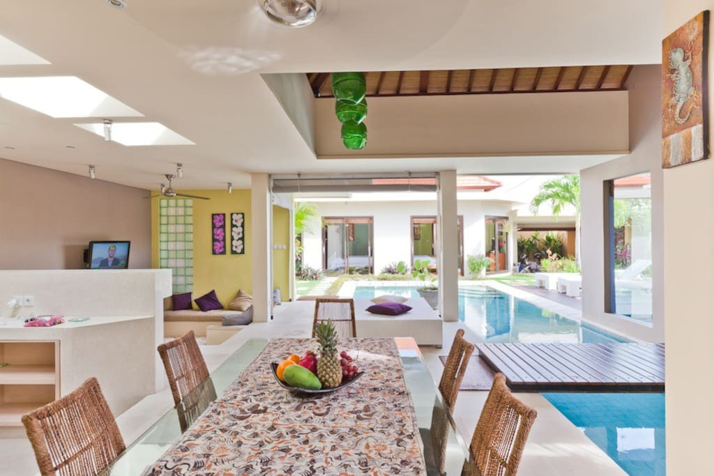 Modern 3-bedroom  Puteri villa