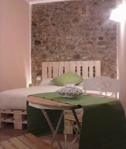 rustica struttura nelle verdi valli - Viganò - Bed & Breakfast