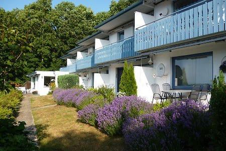 Schöne Wohnung in Eutin-Sielbeck - Eutin - Apartment