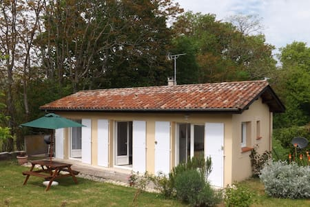 Sans Souci Detached Gite with Pool - Bungalow