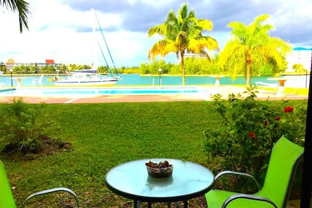 CANALFRONT, RENOVATED, BEACH ACCESS - Freeport - Apartment