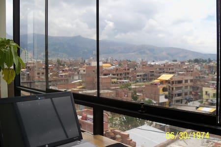 Habitación matrimonial en Huancayo