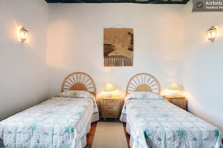 En suite DATURA in amazing BnB - Bed & Breakfast