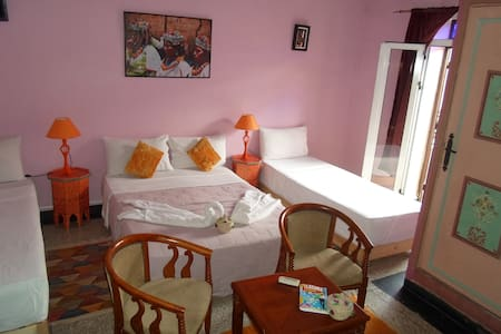 Your fancy room near JAMAA EL FENNA-BB. - Marrakech - Bed & Breakfast