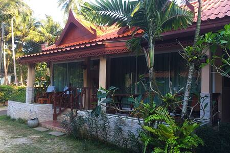 Бунгало-студио в 2мин от пляжа - Tambon Rawai - Chalet