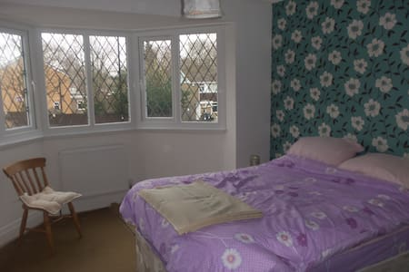 Large double room in house