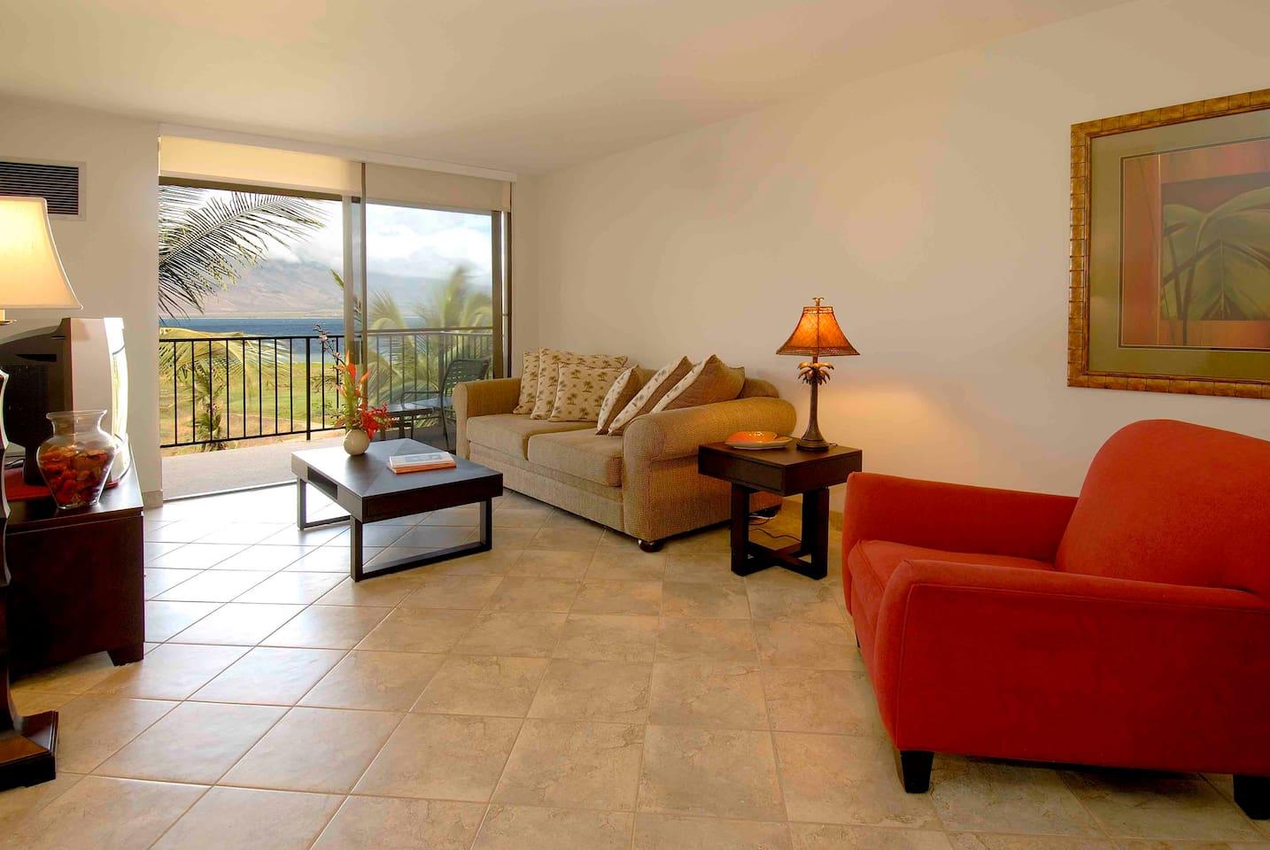 Living Room - Kauhale Makai         # 606