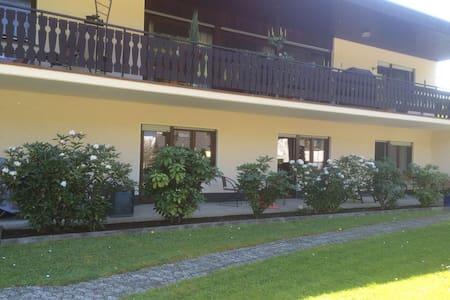 Komfortabel im grünen wohnen NR .2 - Haus