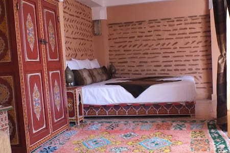 Suite à DAR ZIOUI, dans la Medina. - Marrakesh - Bed & Breakfast