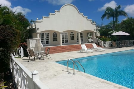 Crystal Court Condominium- Barbados - Bridgetown - Leilighet