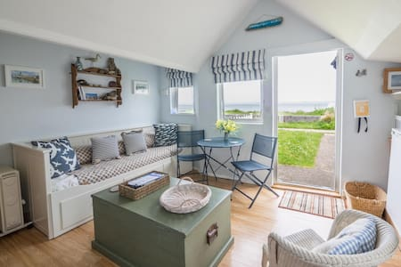 Beachside Chalet - Cowes - Zomerhuis/Cottage