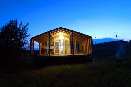 DublDom New Riga Lake Hose with Fireplace - Shchemelinki - Rumah