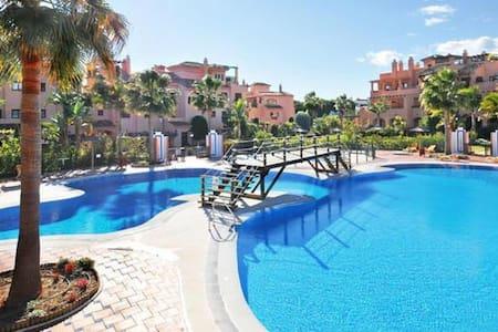 Marbella,Estepona,Hacienda del Sol - Wohnung
