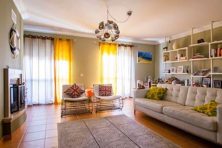 Superbe appartement  3 chambres - Apartemen