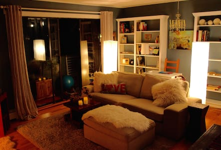 Charming Condo Commercial Drive