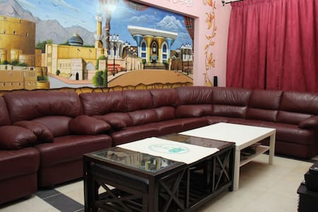 Cozy private room with Omani family - Muscat - Appartement