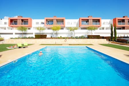 Apartment Vitismar, located in exclusive complex - Guia