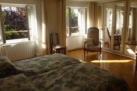 Une chambre de charme en Alsace - Bed & Breakfast